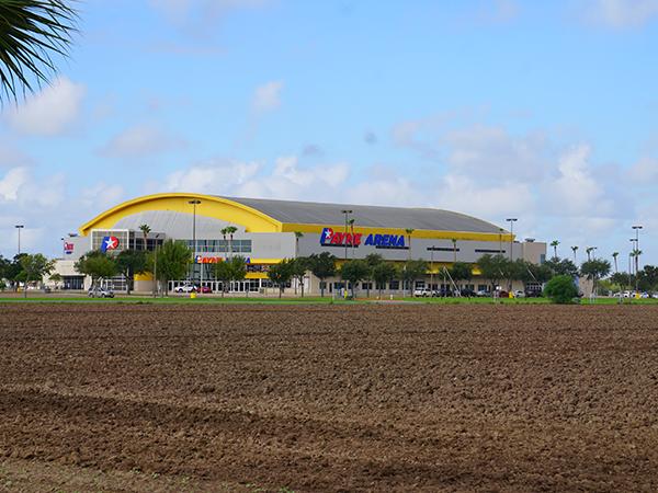 Payne Arena Far View DSC09261_small