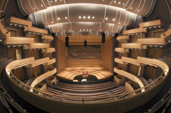 Overture Hall Interior (photo by John Maniaci)